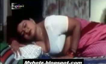 MyHotz.blogspot.com aged mallu aunty seducing young boy for sex in des