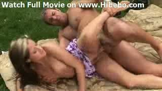 Hot Outdoor Action With The Gorgeous Latina August Night
