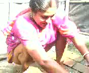 Aunty Cleaning Pussy