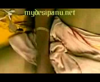Mallu sexy aunty first time front of cam mms