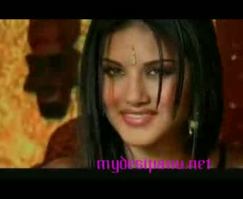 Indian porn star Sunny Leone in scandal mms