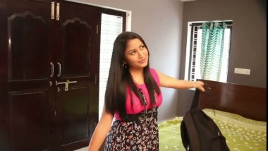 Desi Indian Gf Comes To Lover Home for Sex Mms