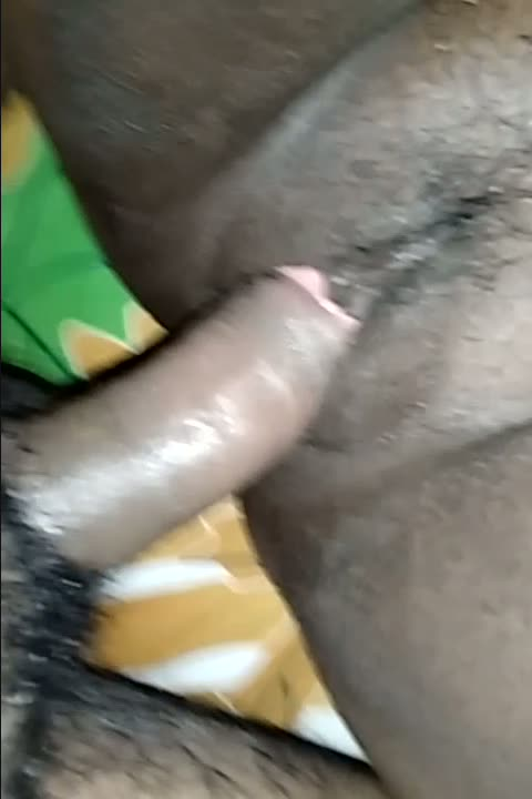 Tamil housewife from Bangalore