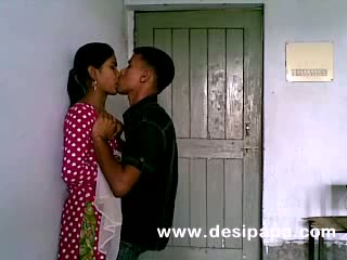 Cutie girlfriend lets boyfriend amorous