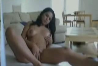 Sexy Indian babe expose and Finger On webcam