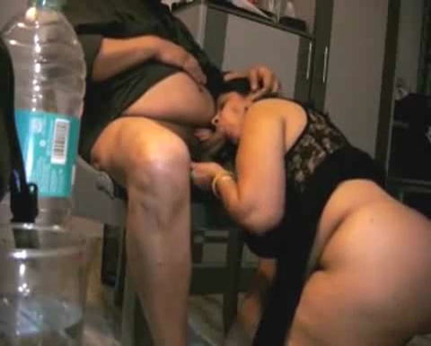Mature Aunty From Rajasthan Fingers Herself And The Blows Hubby