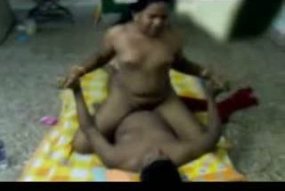 Mallu mature maid first time home sex with servant on floor