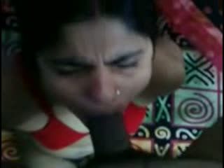 Bangladesi aunty given hot blowjob session on request