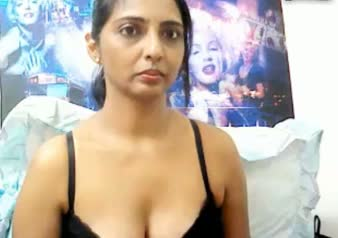 Indian mms of mature bhabhi exposed her nude figure on request