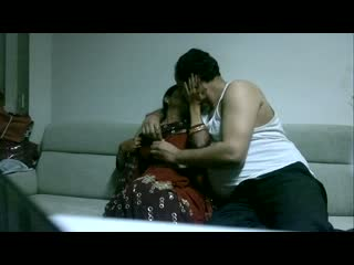 Indian aunty mms scandal – neighbor uncle plays sexually