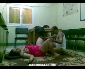 Mature Indian porn – Office fuck of owner with aunty