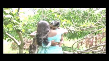 Desi unseen outdoor sex clip of mallu bhabhi with lover