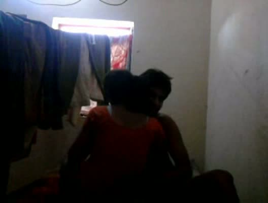 Indian hardcore sex video presents Tamil couple's home sex