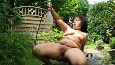 Indian bbw aunty outdoor watering plants & her fat pussy