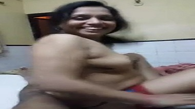 Ranchi wife sensual strip tease show to seduce her husband