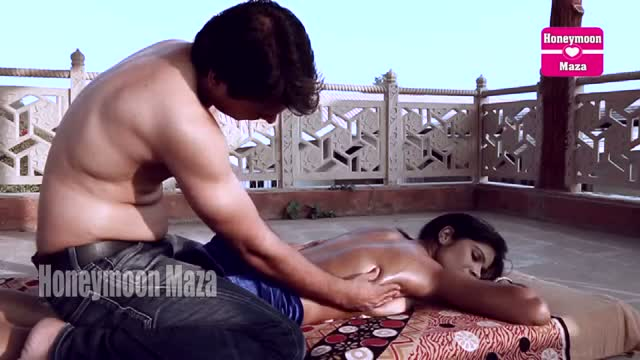 HD indian amateur porn desi girl with gym instructor