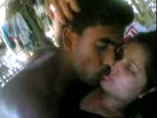 Mallu maid outdoor sex with neighbor