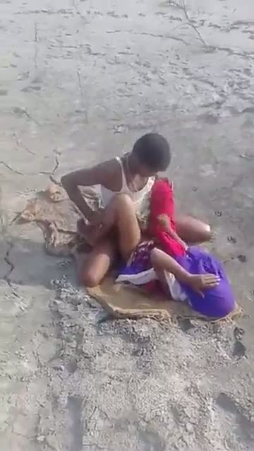 Indian outdoor group sex videos