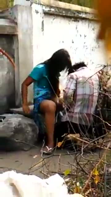 Desi college student's outdoor sex scandal MMS