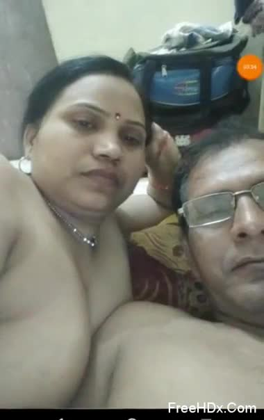 Tamil aunty having fun with her neighbor