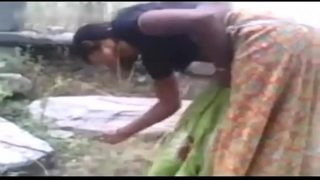 Dehati Sex In Abandoned Temple