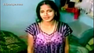 Gujju Bhabhi Showing Boobs And Wet Pussy
