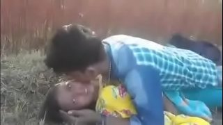 Hot Sex With Desi Maid's Daughter In Park