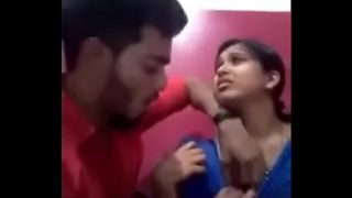 Sexy MMS Of College Students In Internet Center