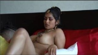 NRI Bhabhi's Erotic Suhagrat Video With Husband